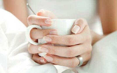 Gesunde, feste Fingernägel brauchen Geduld